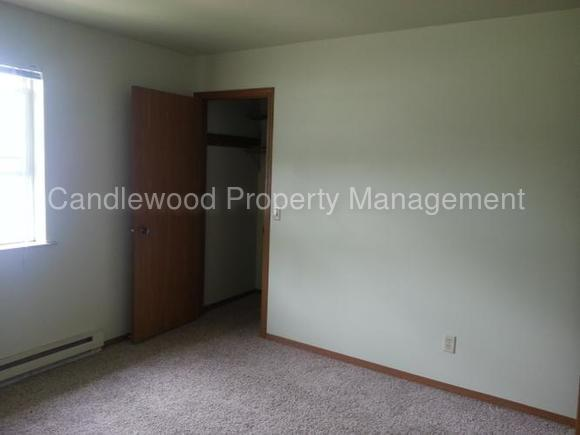 Quality 1 BR townhouse style apartment.