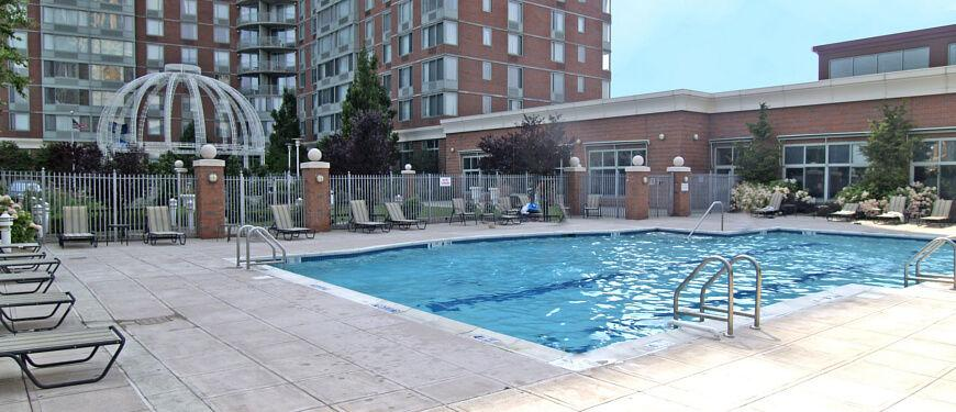 Avalon On The Sound Apartments New Rochelle Ny Walk Score