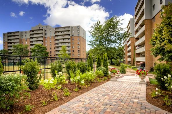 Auburn Park Apartments photo #1