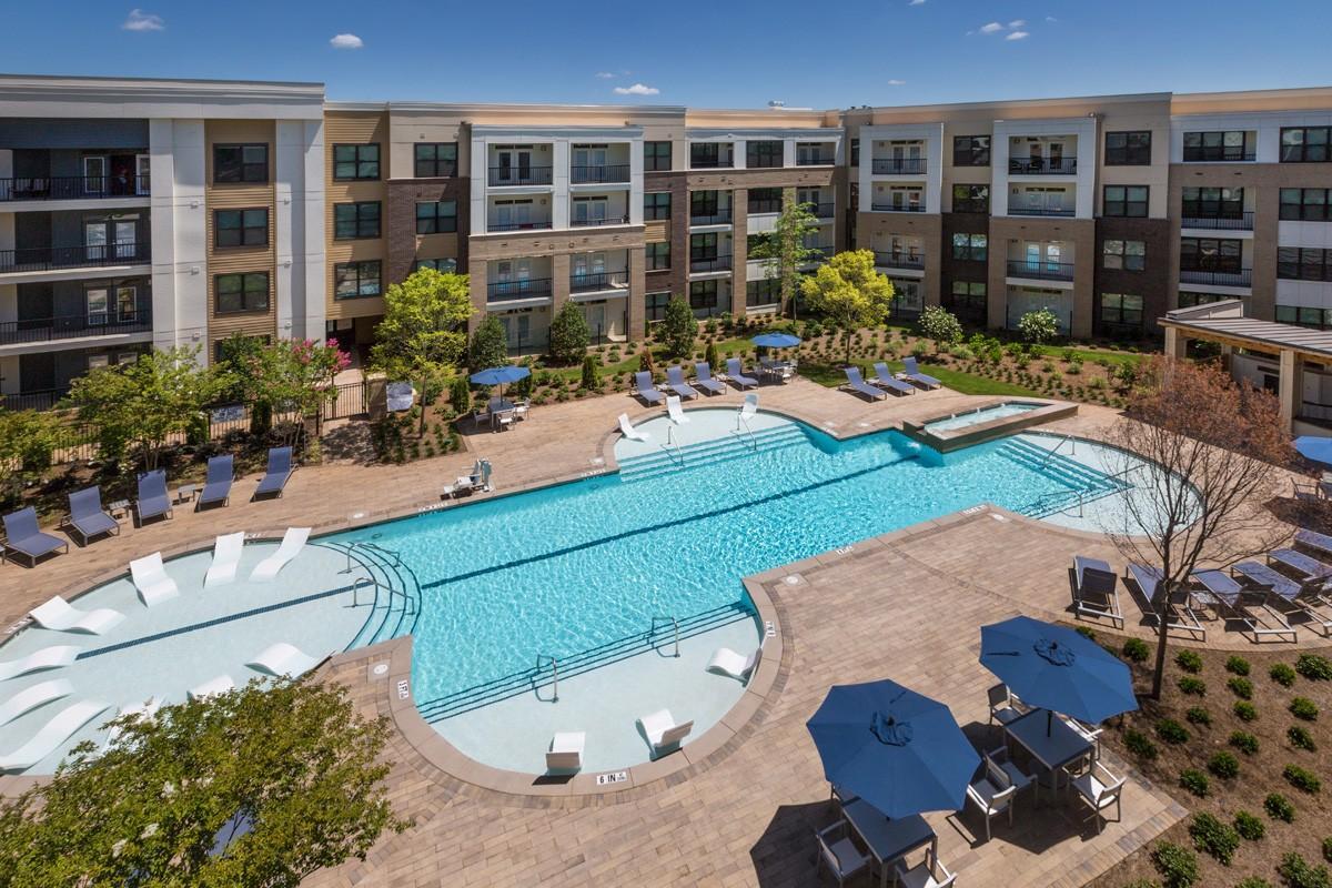 Reserve Decatur Apartments photo #1
