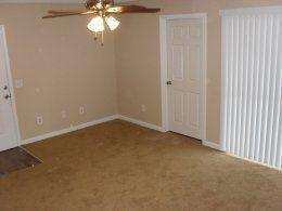205 Old Hull Rd Apartments photo #1