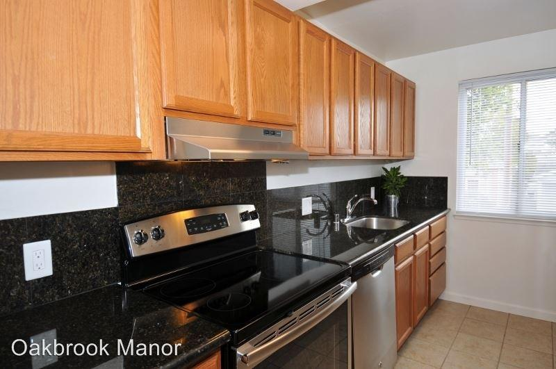 1232 East 19th Street Apartments photo #1