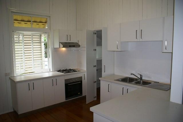 274 Oxley Road photo #1