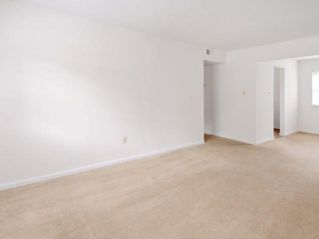 273 West Chestnut Street Apartments photo #1