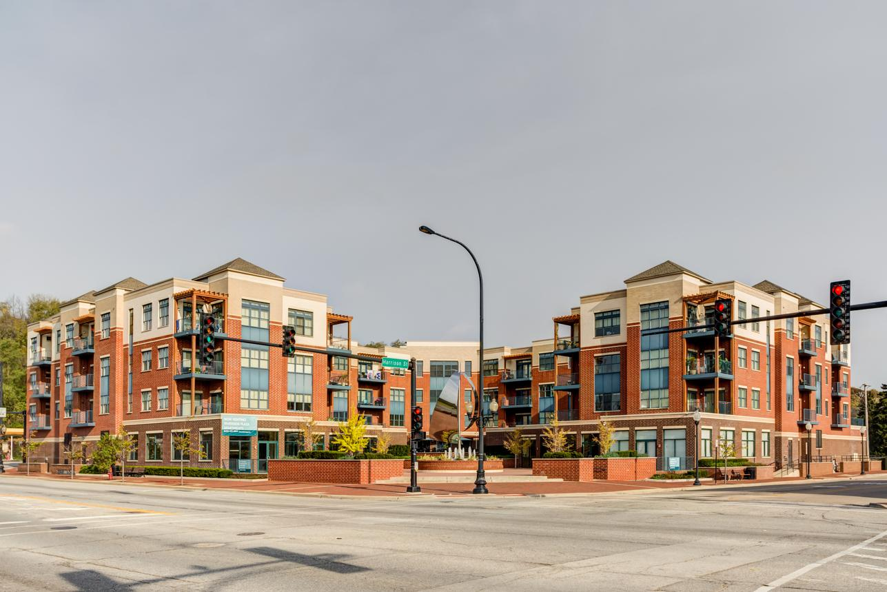 Riverside Plaza Apartments For Rent