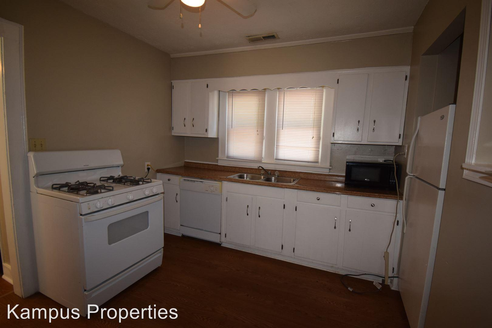 643 Golfview Drive photo #1