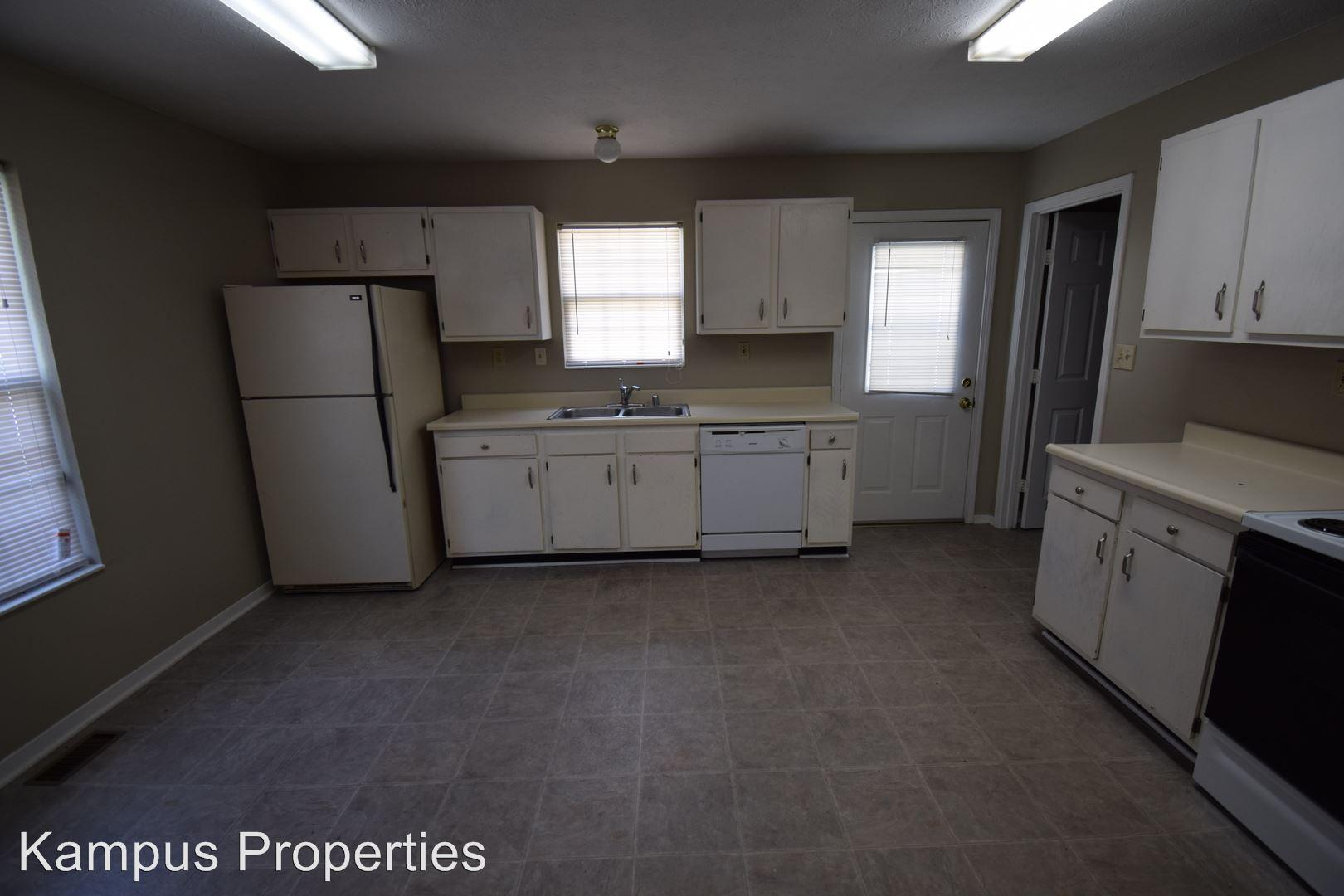 718 Golfview Drive photo #1
