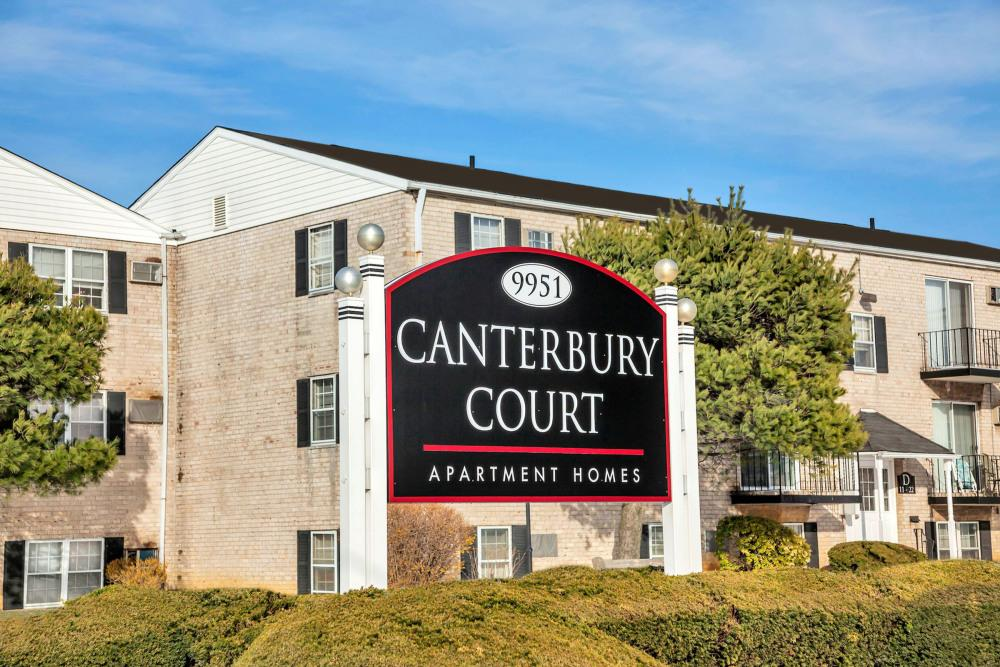 Canterbury Court Apartments photo #1
