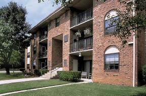Cromwell Valley Apartments photo #1