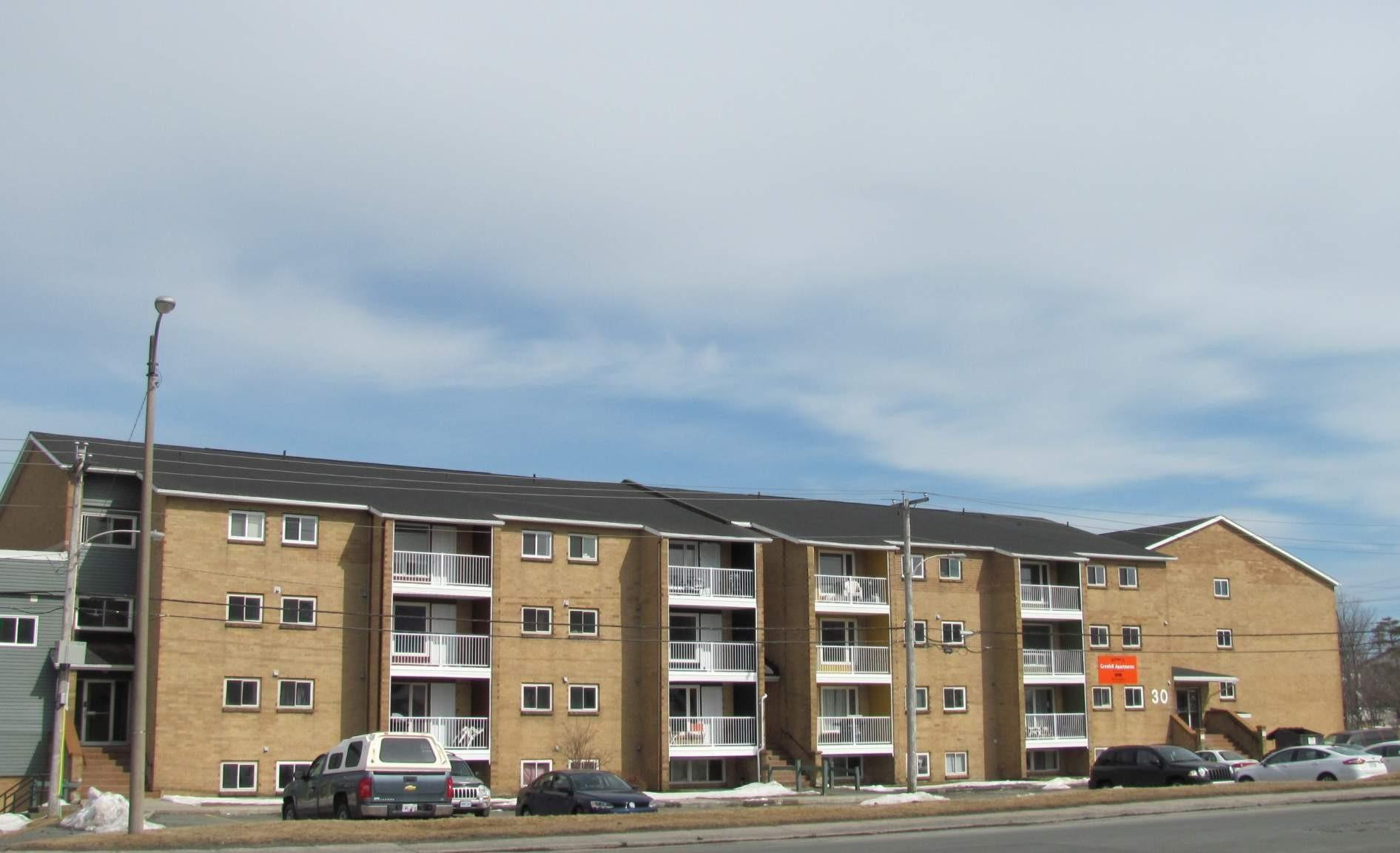 Grenfell Court Apartments photo #1