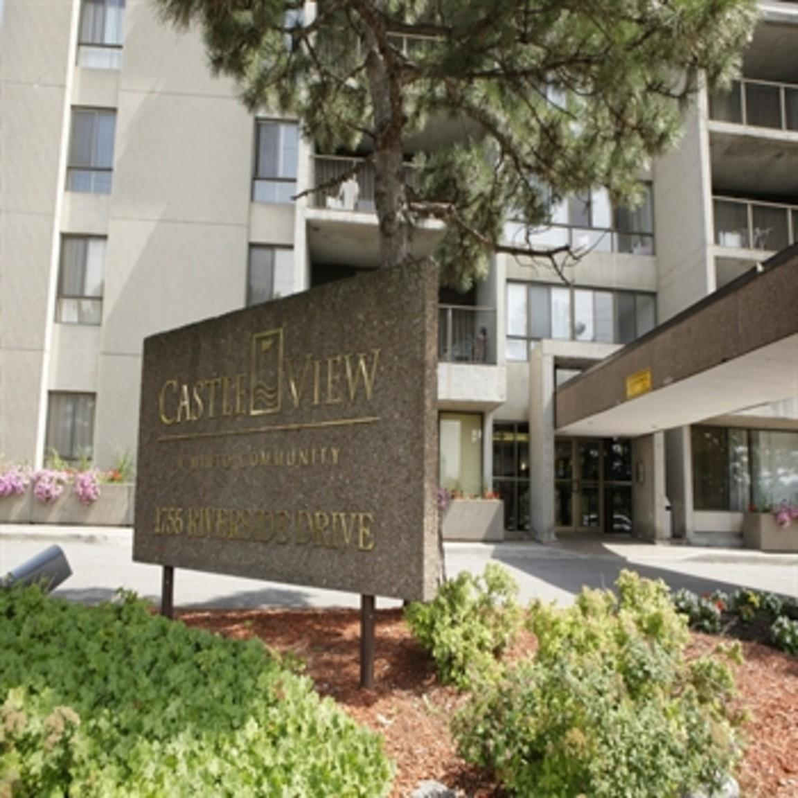 Midtown Crossing Apartments: Castleview Apartments, Ottawa ON