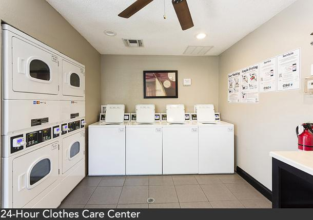 $999 / Two BR - Great Corporate Short Term Housing Available Now! - call us now! photo #1