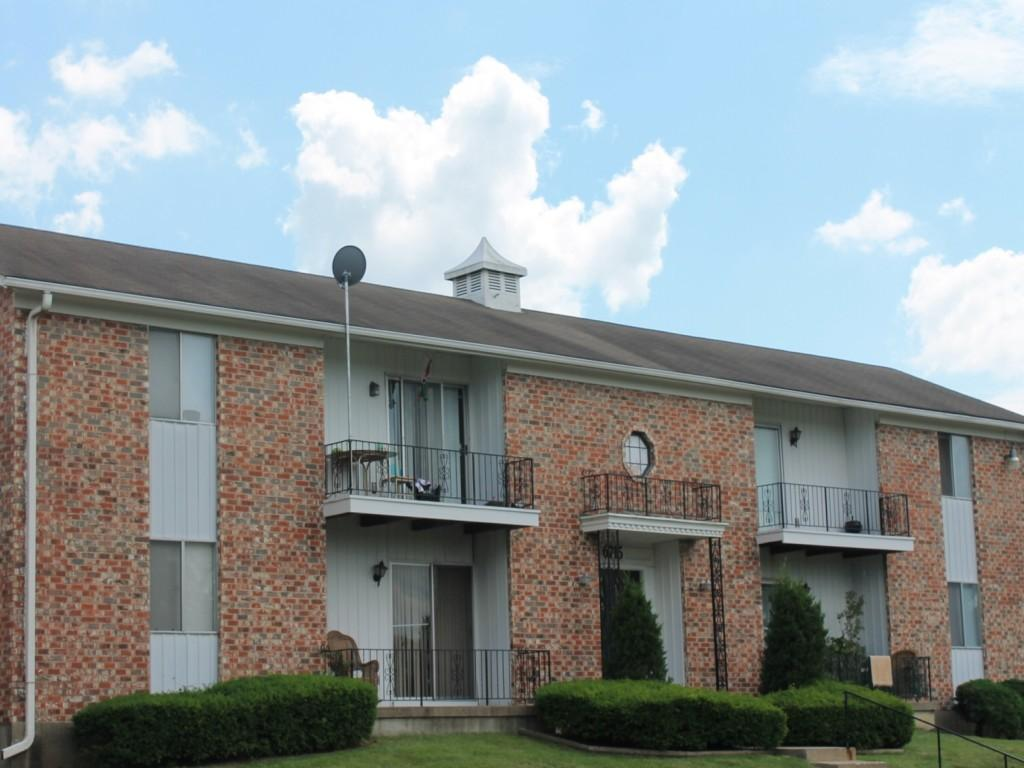 Colonial Gardens/Cherbourg Apartments photo #1