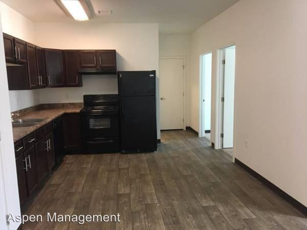 3195 Pearl Parkway Apartments photo #1