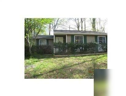 House for rent in Charlotte. Will Consider! - Corner lot, fenced yard