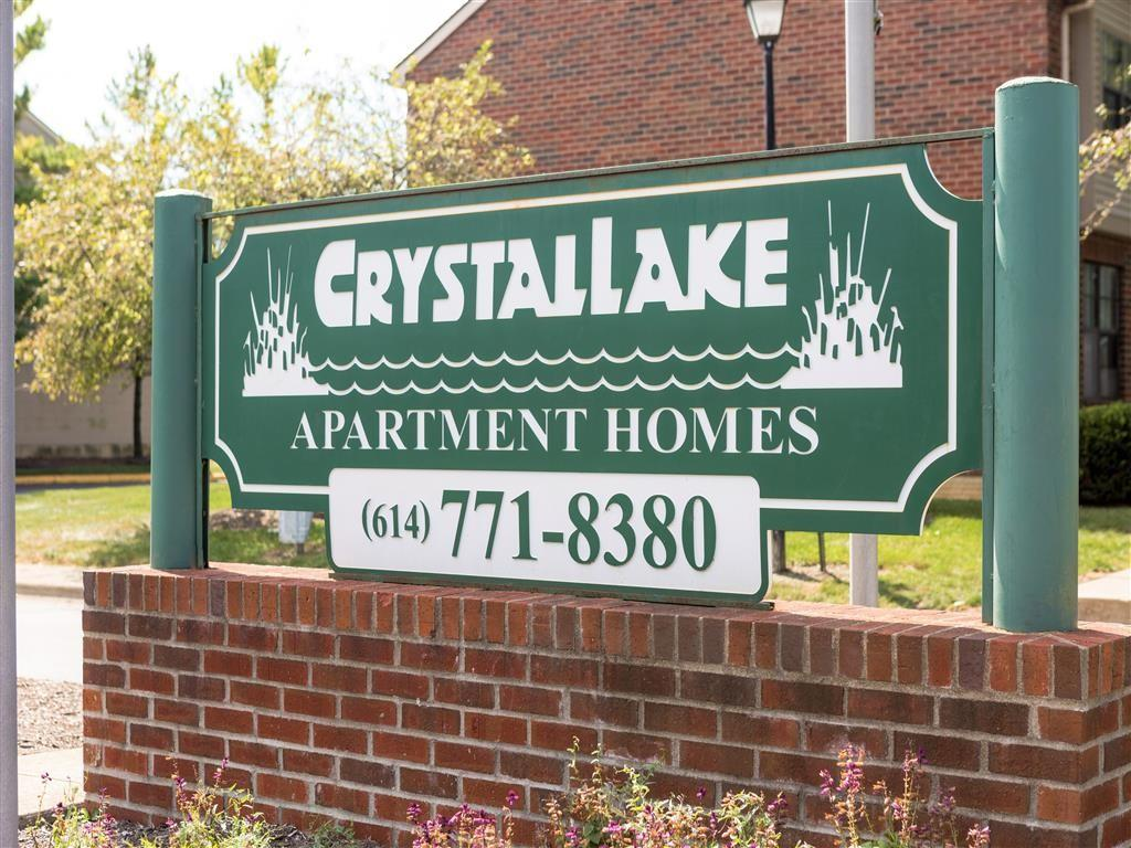 Crystal Lake Apartments photo #1