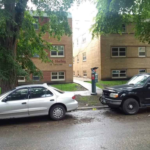 Carlton Apartments: 36/38 Carlton Apartments, Winnipeg MB