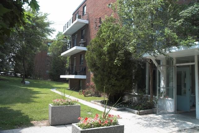 4 Hill Heights Apartments photo #1