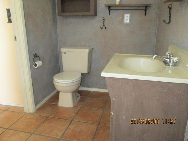 9251 E. Creek St. - 3 bedroom, 2 bathroom spacious house for rent