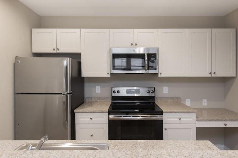 220 South 16th Street Apartments photo #1