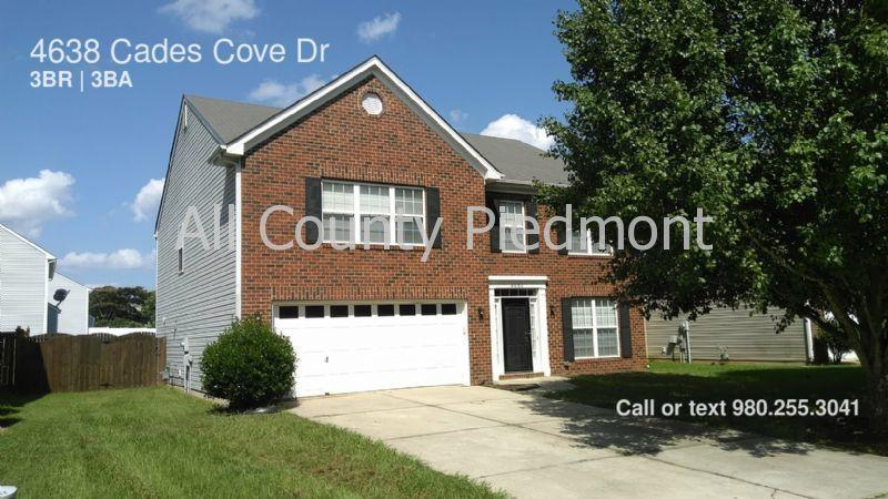 4638 Cades Cove Dr photo #1
