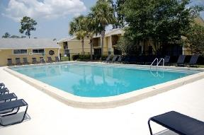 One BR Townhouse - Two Sparkling Swimming Pools with Sundecks. Pet OK! Apartments photo #1