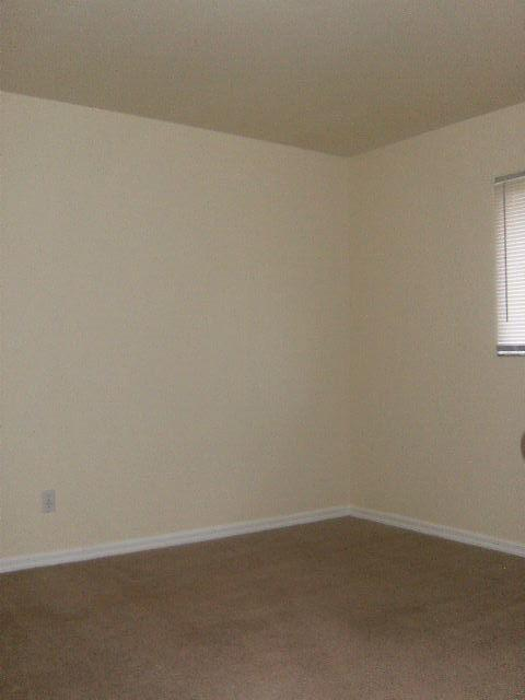4105 Residence Dr photo #1