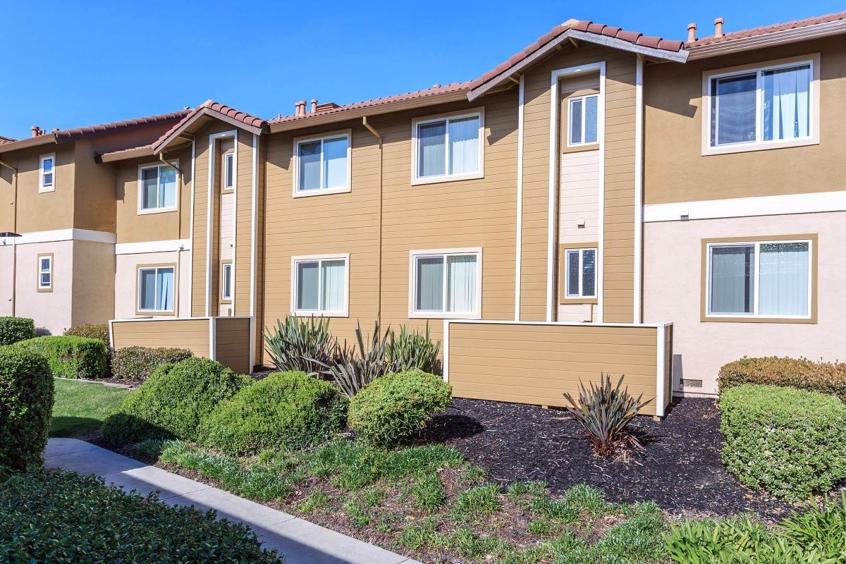 Woodland Hills Apartments Pittsburg