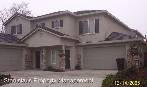 2120 Bridgewood Way photo #1