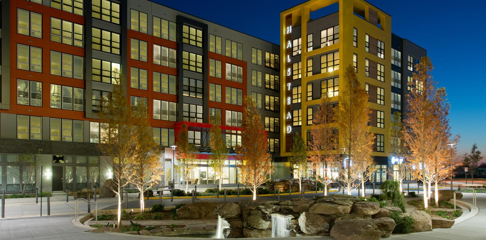 Halstead Square at Dunn Loring Metro Apartments photo #1