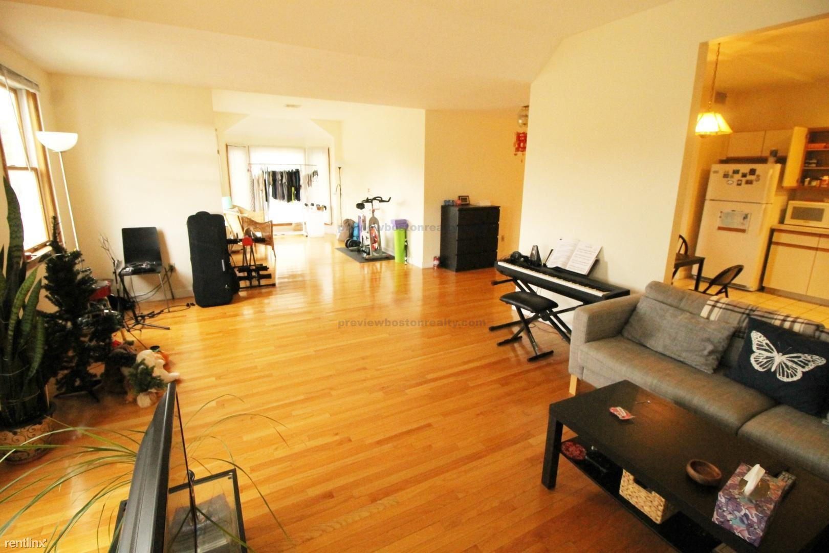 31 Winchester Street APT# 2-NF photo #1