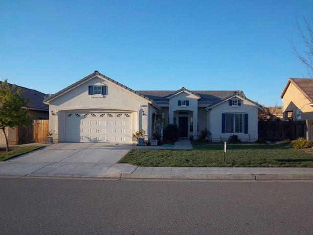 Beautiful home located in North East Fresno.