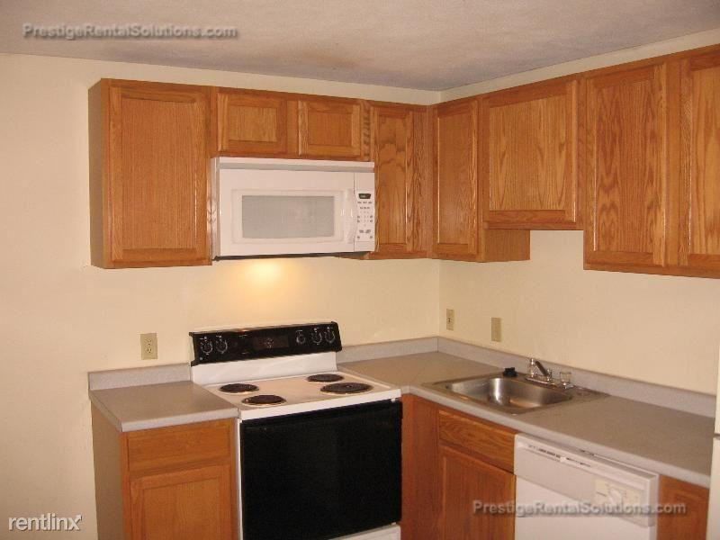 317 Revere St Apt 10 photo #1