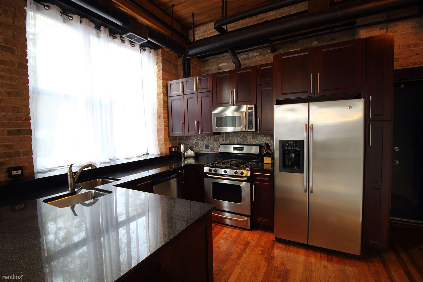 1701 N Damen Ave Apt 101 photo #1