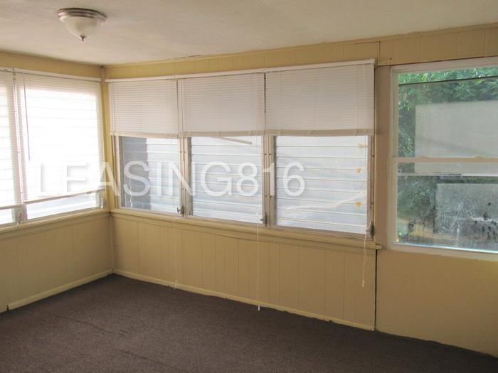 Three BR House - This is a very spacious.