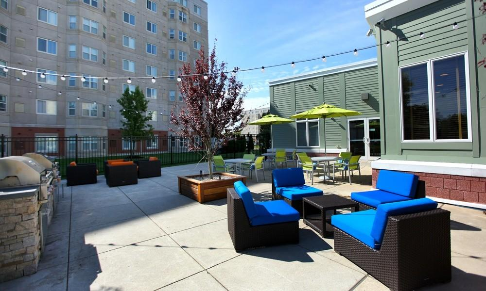 HighPoint Apartments photo #1