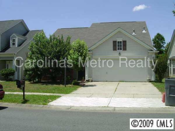 Home features an open floor plan withsome great features. 2 Car Garage!