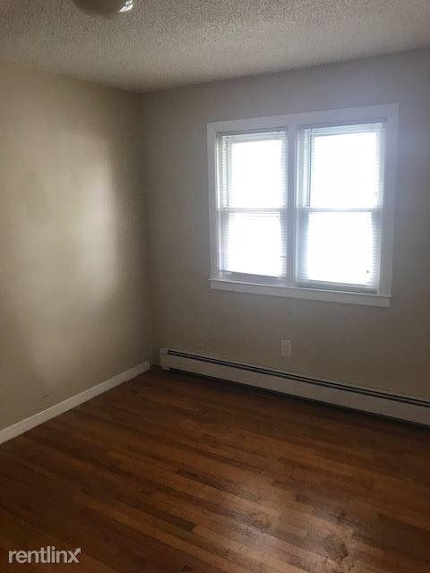 Paris Realty- Apartments for rent in new haven.