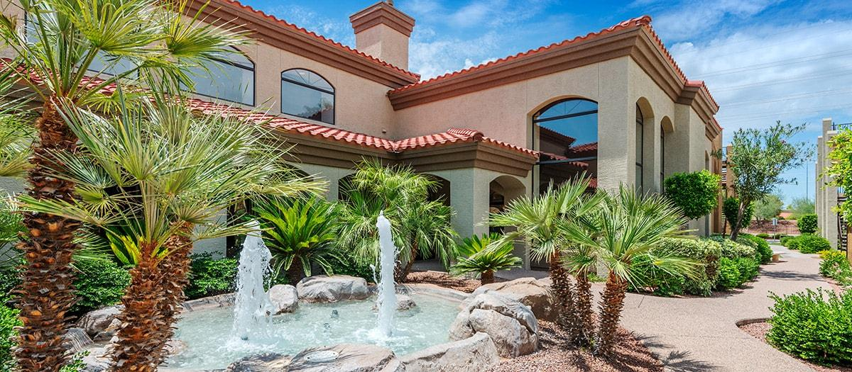 Colonial Grand at Scottsdale Apartments photo #1