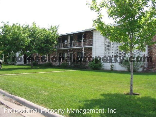 1515/1519/1521 Ashberry Court