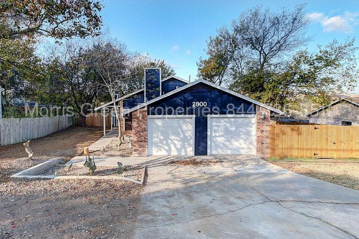 2800 Burleson Rd #A - Great East Austin Location!