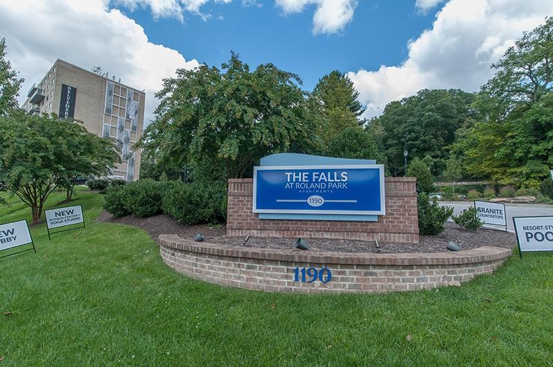 The Falls at Roland Park Apartments photo #1