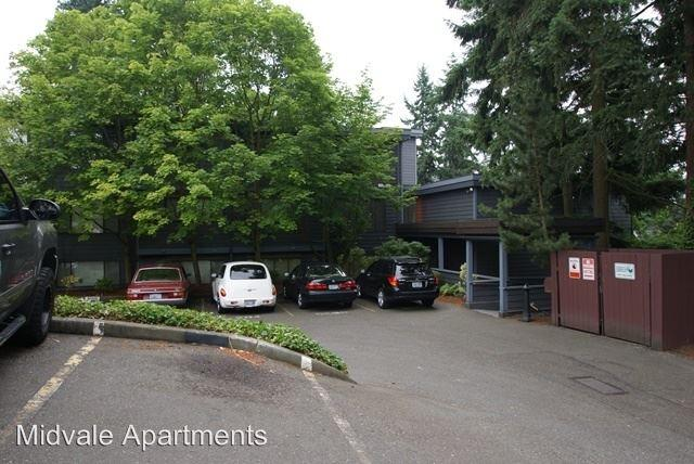 13732 MIDVALE AVE N photo #1