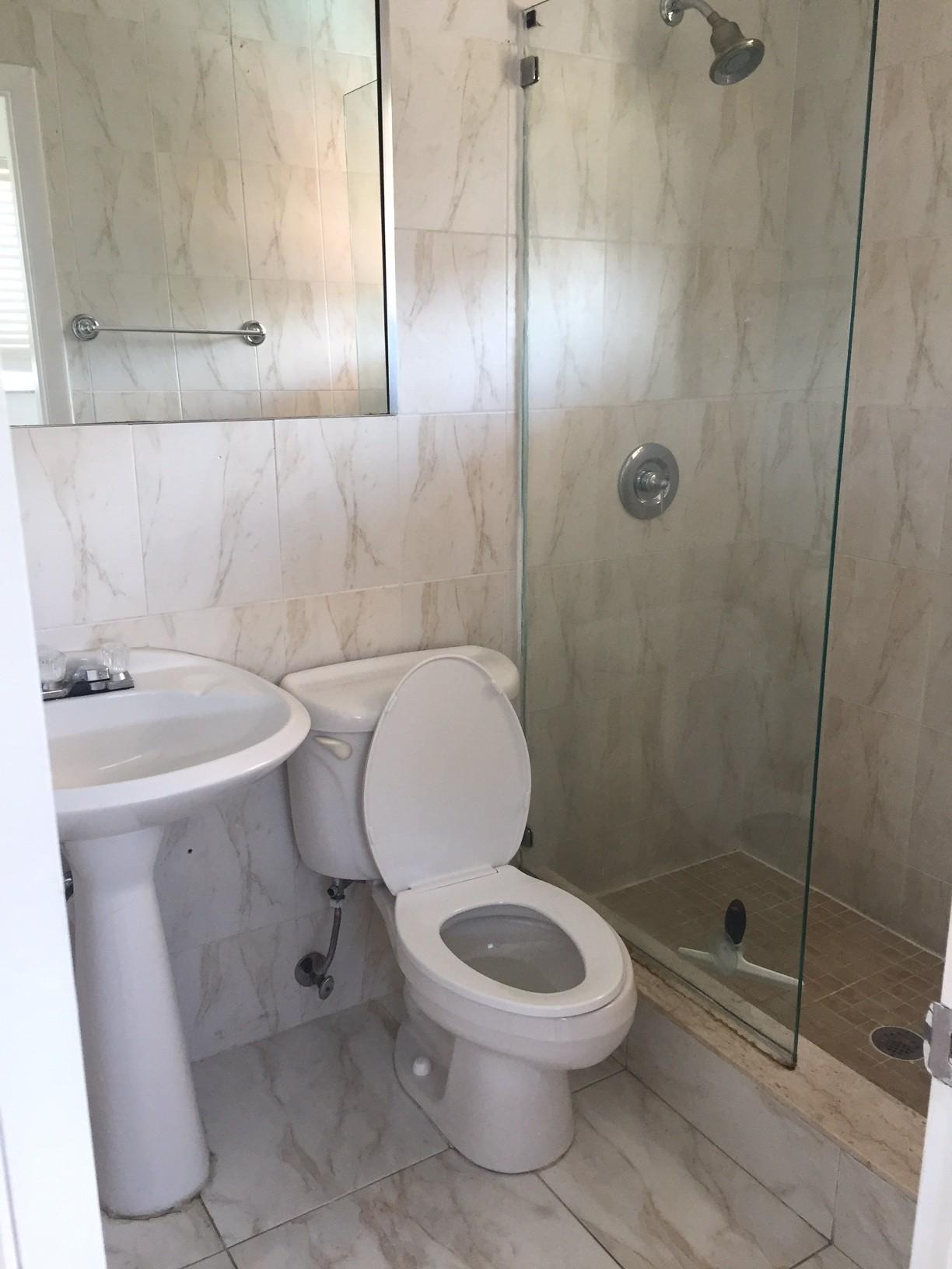 South Okeechobee Road Hialeah FL Walk Score - Bathroom place hialeah