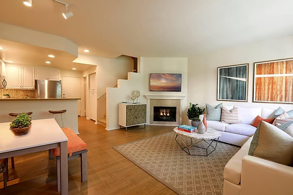 Beautiful Newport Beach Townhouse for rent Apartments photo #1