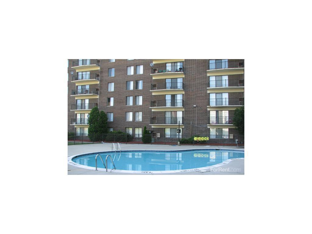 3 Bedroom Apartments In Southfield Mi Providence Tower Apartments Southfield Mi Walk Score