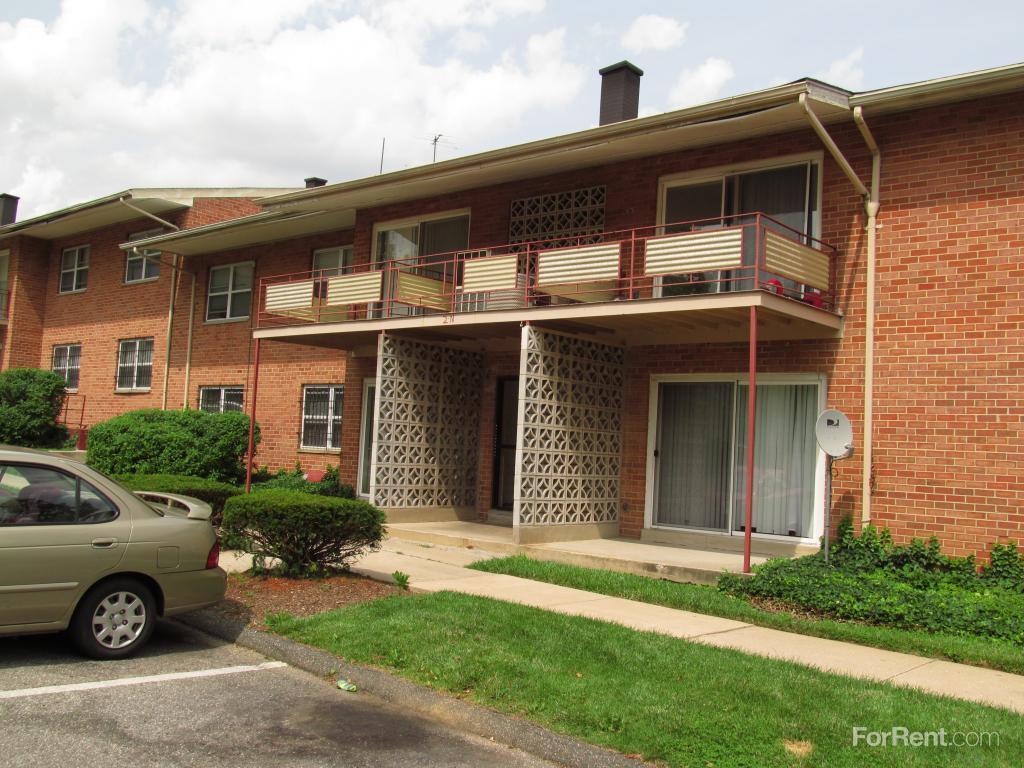 Woodington West Apartments