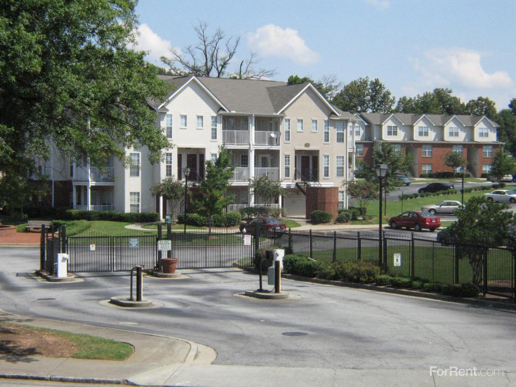 1 Bedroom Apartments In Atlanta Ga Villages At Castleberry Hill Apartments Atlanta Ga Walk