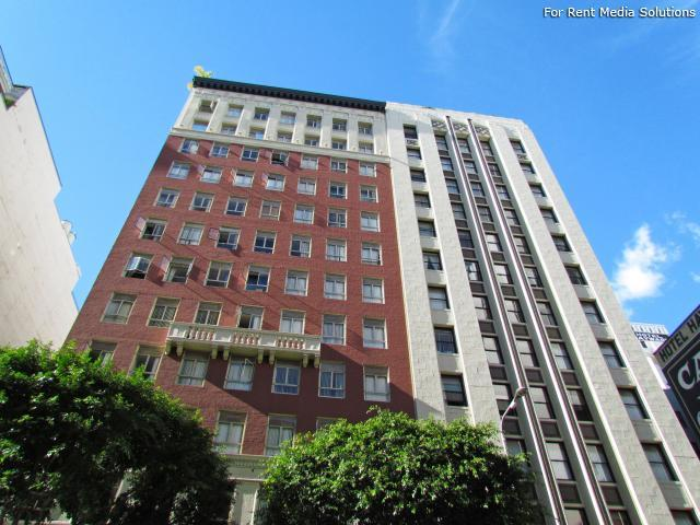 City Loft Square Apartments photo #1