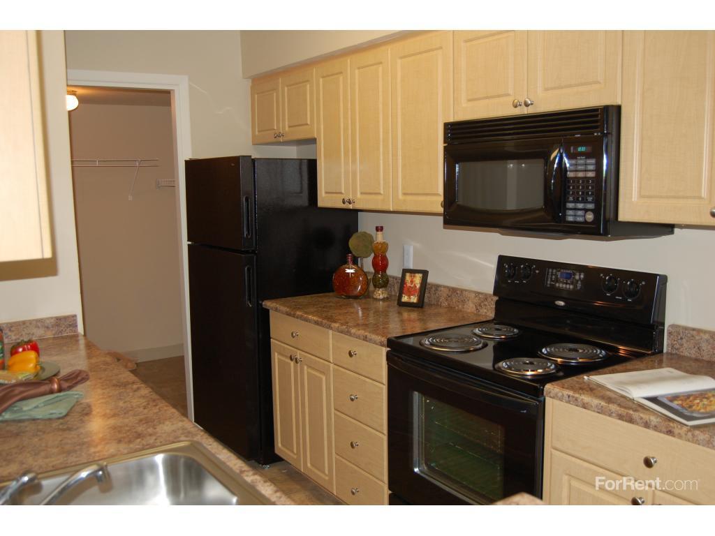 Core Riverbend Apartment Homes Apartments photo #1